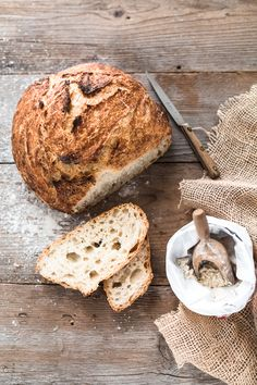 No-knead bread, pane senza impasto - - Vegan Baking, Bread Baking, Bread Food, Food Styling, Bread Recipes, Snack Recipes, Rustic Food Photography, Pain Au Levain, No Knead Bread