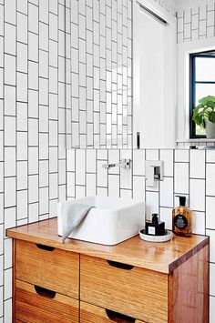 white-timber-bathroom-drawers-sink-mirror-may15