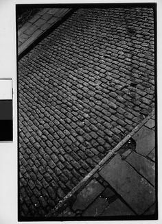 Walker EVANS :: Cobblestone Street, New York City, 1928-30. Cobblestone, reclaimed cobble, antique cobblestone, old cobble, used cobble, pavers, paving stone, driveways, walkways, Belgian Block..Historic European Cobblestone.