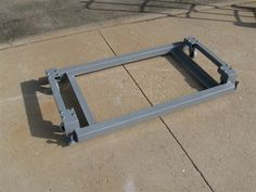table saw mobile base - Google Search Workshop Storage, Workshop Ideas, Welding Projects, Projects To Try, Table Saw Station, Table Saw Accessories, Metal Working, Garage, Barn