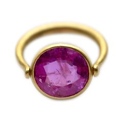Swivel ring, rotating model in pink indian rubie and 22 carats gold.<br /> Available in differents versions with 18ct white gold and differents stones.
