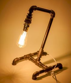 70 cheap diy industrial pipe lamps ideas to decor your home (52)