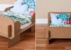 dolls bed diy cardboard - Google Search Diy Lit, Diy For Kids, Crafts For Kids, Baby Doll Furniture, Carton Diy, Cardboard Play, Diy Y Manualidades, Dollhouse Accessories, Unique Furniture