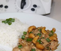 Recipe Chicken and Cashews - Thai Style by Tdaelman, learn to make this recipe easily in your kitchen machine and discover other Thermomix recipes in Main dishes - meat. Meat Recipes, Asian Recipes, Chicken Recipes, Dinner Recipes, Cooking Recipes, Savoury Recipes, Recipe Chicken, Dinner Ideas, Recipies