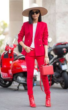 How to wear red boots | Fashtrack