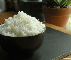 How to Cook Perfect White Rice on the Stove | The Hungry Mouse