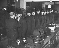 New recruits Police Officers Issued Helmet for London's Metropolitan Police. Police Uniforms, Police Officer, I Love Girls, My Love, London Metropolitan, Law And Order, Old London, Great British, British History