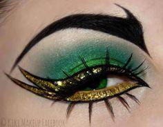 Perfect Halloween makeup for an evil queen