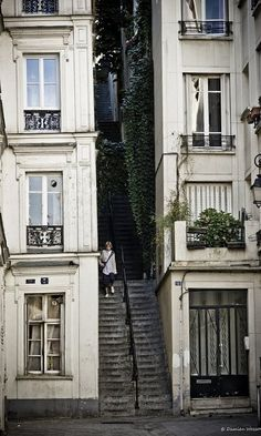 Montmartre, Paris, Ile-de-France Passage Cottin by Damien Wasson Montmartre Paris, Oh Paris, Oh The Places You'll Go, Places To Travel, Places To Visit, Beautiful World, Beautiful Places, Belle Villa, Paris Ville