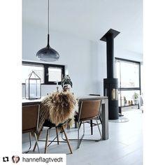 Sjekk ut profilen til @hanneflagtvedt For et nydelig hjem!  #lightupno