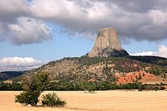 Devil's Tower by f_lopiano, via Flickr