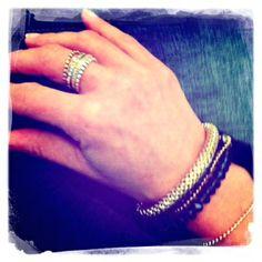 Biba armbanden in combinatie met de Vancouver armband van B&L steel. De drie Charmins ringen met de Melano side ring maken het plaatje compleet.