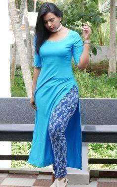 Mallu Fashion Model Shanaya Hottest Stills. Beautiful Girl Indian, Most Beautiful Indian Actress, Dehati Girl Photo, Indian Girl Bikini, Indian Girls Images, Stylish Girl Images, Beauty Full Girl, Indian Beauty Saree, Fashion Models