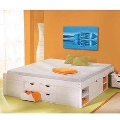 In diesem Funktionsbett Valuta in weiss könnte glatt Ihre ganze Garderobe Platz finden.