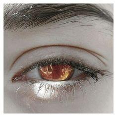 Change the eyeballs to black and these are Roxxie's nex eyes Pretty Eyes, Cool Eyes, Beautiful Eyes, Aesthetic Eyes, Golden Eyes, Vampire, Vanitas, Character Aesthetic, Dark Fantasy