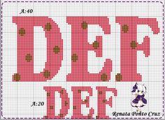 Monograma com bolinhas Cross Stitch Alphabet Patterns, Cross Stitch Embroidery, Plastic Canvas Letters, Abc Alphabet, Canvas Patterns, Leo, Crafts, Embroidery Alphabet, Cross Stitch Font