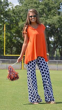 A fabric we love with a print we love on a pair of pants that will have you falling head over heels! $44 at shopbluedoor.com!