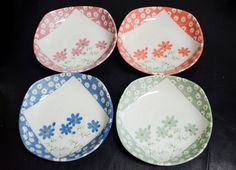 4 pcs. Vintage Multi-Colored Flower Jewelry Dishes by CreativeSixters on Etsy https://www.etsy.com/listing/248683804/4-pcs-vintage-multi-colored-flower
