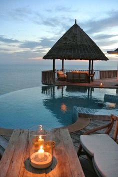 this is the place i would stay for sure, cannot beat that peaceful view!