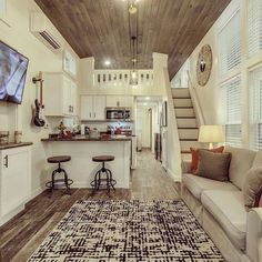 Are you seeking Tiny House Decor Ideas for a small space? If so, you need to be aware of the pros and cons of having a tiny house, because this is a small space and therefore, there are some big… Continue Reading → Best Tiny House, Tiny House Cabin, Tiny House Living, Tiny House Plans, Tiny House On Wheels, Tiny Home Floor Plans, Tiny House Kitchens, Living Room, Tiny House With Loft