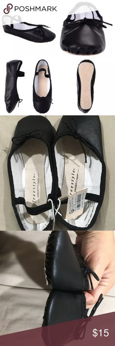 """Freestyle By Danskin Girls Dance Ballet Shoes Freestyle By Danskin Girls Dance Shoes size 13 Black Ballet NWT  New WITH Tag, Freestyle by Danskin Dance Shoes. Girls Black Ballet Shoes in a size 13. Shoes feature full leather sole, functional drawstring bow for improved fit and an elastic band to help shoes stay on during class or performance.   Please review all pictures, the shoes are being sold """"as is"""". If you have questions send a message. Reasonable offers accepted, use offer button…"""