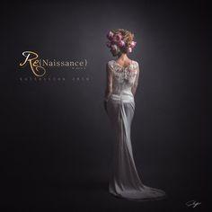 """A Cassandre,  """"Mignonne, allons voir si la rose Qui ce matin avait déclose Sa robe de pourpre au soleil, A point perdu cette vesprée, Les plis de sa robe pourprée, Et son teint au vôtre pareil.""""  Pierre de Ronsard"""