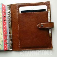 Filofax Malden A5 + #ipadmini = perfect match! Health Planner, Life Planner, Filofax Malden, School Suplies, Sketch Notes, Journal Paper, Travelers Notebook, Perfect Match, Ipad Mini