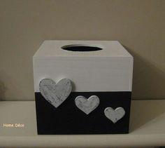 Boite a mouchoir carré noir et blanc! Diy And Crafts, Arts And Crafts, Decoupage Box, Wooden Art, Tissue Boxes, Xmas Gifts, Painting Frames, Chalk Paint, Crates