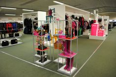 // visual merchandising // display // concept shop // joules // fashion // wellies