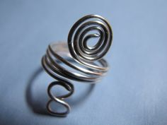 wire wrapped jewelry patterns | Naomi's Designs: Handmade Wire Jewelry: Silver wire wrapped ring with ...