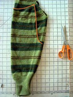 Kinderhose aus alten Pulloverärmeln nähen - Upcycling - Tutorial. greenkitchen.com