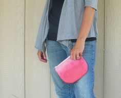 Quick and easy kool aid dyed tessa pouch by Sneezerville #sewing #accessorie #dyed