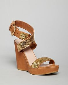 d9cc53f43875 Stuart Weitzman Wedges - Metalmania Shoes - Bloomingdale s