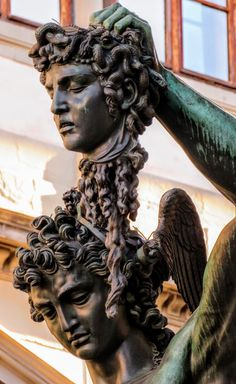 Statue of Perseus and Medusa (det.) by Cellini, Loggia della Lanzi, Florence. Medusa Art, Medusa Tattoo, Greek Mythology Tattoos, Greek And Roman Mythology, Perseus Und Medusa, Aesthetic Statue, Statue Tattoo, Mens Lion Tattoo, Creative Instagram Photo Ideas