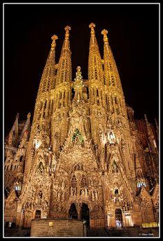 La Sagrada Familia (Holy Family Church), Barcelona ~ Antoni Gaudi.