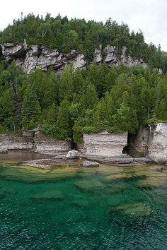 ˚Fathom Five National Marine Park, Georgian Bay near Tobermory, Ontario
