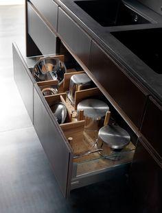 Cucina in cemento con isola WIND CEMENTO ETA NOIR by TONCELLI CUCINE design Federica Toncelli
