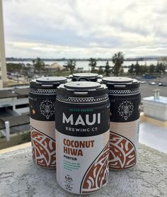 Food and Brew Pairing with Maui Brewing Co. Aloha Hoplight Social readers! Have you strolled through your liquor aisle lately and noticed somewhat new-looking four packs of beer by Maui Brewing Co.…