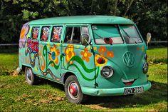 The Top 10 Volkswagen Psychedelic buses never seen before ...