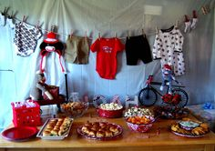 Here's the menu for the shower food: Hot Beef Sandwiches Hot Ham Sandwiches (close to this recipe) Fruit Salad Spinach Dip . Jordan Baby Shower, Baby Shower Fun, Baby Showers, Sock Monkey Party, Monkey Baby, Having A Baby Boy, Cowgirl Birthday, Baby Party, Baby Gifts