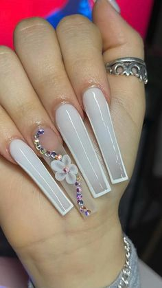 Acrylic Nails Coffin Pink, Long Square Acrylic Nails, Simple Acrylic Nails, Acrylic Nails With Glitter, Wedding Acrylic Nails, White Coffin Nails, Coffin Nails Long, White Acrylics, Drip Nails