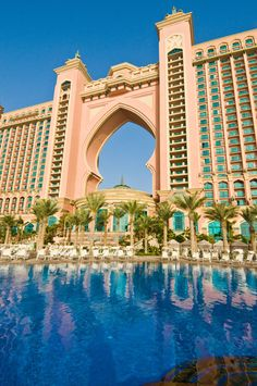 Atlantic Palm Resort, Dubai   Not to everyone's taste, but you cannot but admire the sheer scale of this    garish pink hotel, and its extensive pools.