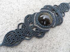 Or obsidienne - bracelet macramé (bleu foncé) - Pierre de taille environ 3,1 cm/3,1 cm