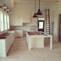 kitchen in the #farmhouse #alpharetta @renewproperties #milkandhoneyhome