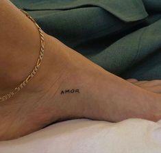 Tiny Tattoos For Girls, Little Tattoos, Mini Tattoos, Small Tattoos For Women, Dainty Tattoos, Pretty Tattoos, Cool Tattoos, Freundin Tattoos, Discreet Tattoos