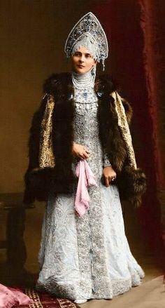 1903 costume ball in the Winter Palace, St. Petersburg, Russia. Princess Zenaida Nikolaevna Yusupova in a boyarynya fancy dress on the fashion of the 17th centurу. Boyarynya is a noble woman in ancient Russia, a boyar's wife. #Russian #history #Romanov