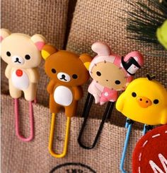 Stationery and freaky Asian bears? Rilakkuma, Japanese School Supplies, Homemade Crafts, Diy Crafts, Sentimental Circus, Biscuit, Cute Office Supplies, Cute Stationary, Little Doodles