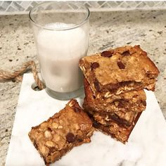Feeling uneasy about the election? Rather talk about something lighter and sweeter? These mouthwatering peanut butter oatmeal chocolate chip bars are the perfect way to console yourself. They're ch…