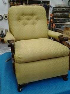 Remember that torn up greem rocker? This is the finished product. Search for us on Yelp to see the cutomers review! It's the most recent one.  #upholstery #restored #hardwork #antique #1940 #oscardecoinc
