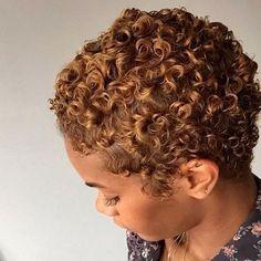 Short curly hair naturally big chop Ideas for 2020 Blonde Natural Hair, Natural Hair Short Cuts, Short Curly Hair, Natural Curls, Short Hair Cuts, Curly Hair Styles, Natural Hair Styles, Short Natural Hairstyles, Kinky Curly Hair